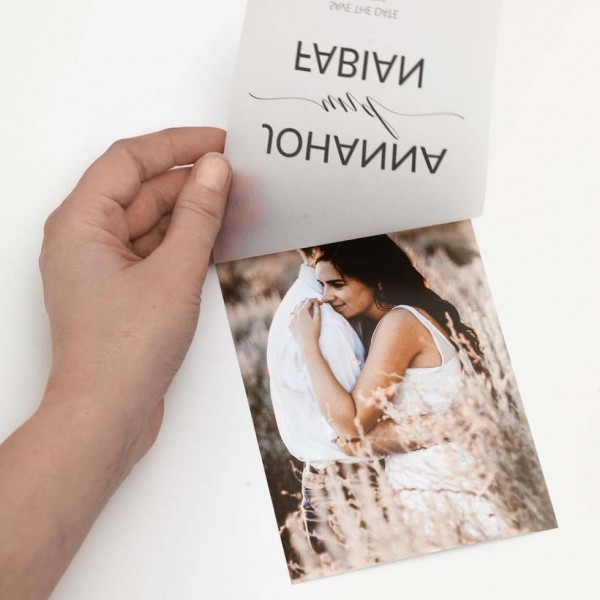 Save-the-Date Vorlage Foto mit Transparentpapier